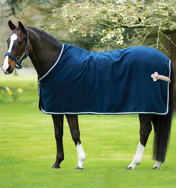 Rambo Show Rug For A Clic Look That Never Goes Out Of Style Horseware Ireland